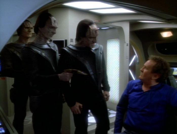 Evek verhaftet O'Brien.jpg