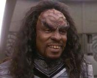 Sisko as a Klingon