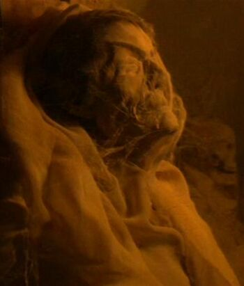 The mummy of T'Klaas