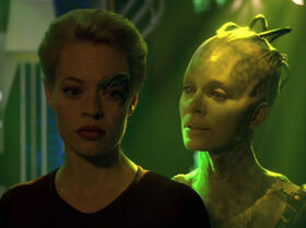 Seven and the Borg Queen.jpg