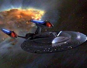 USS Enterprise NCC-1701-E nébuleuse.jpg