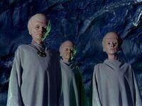 Drie Talosians in 2254