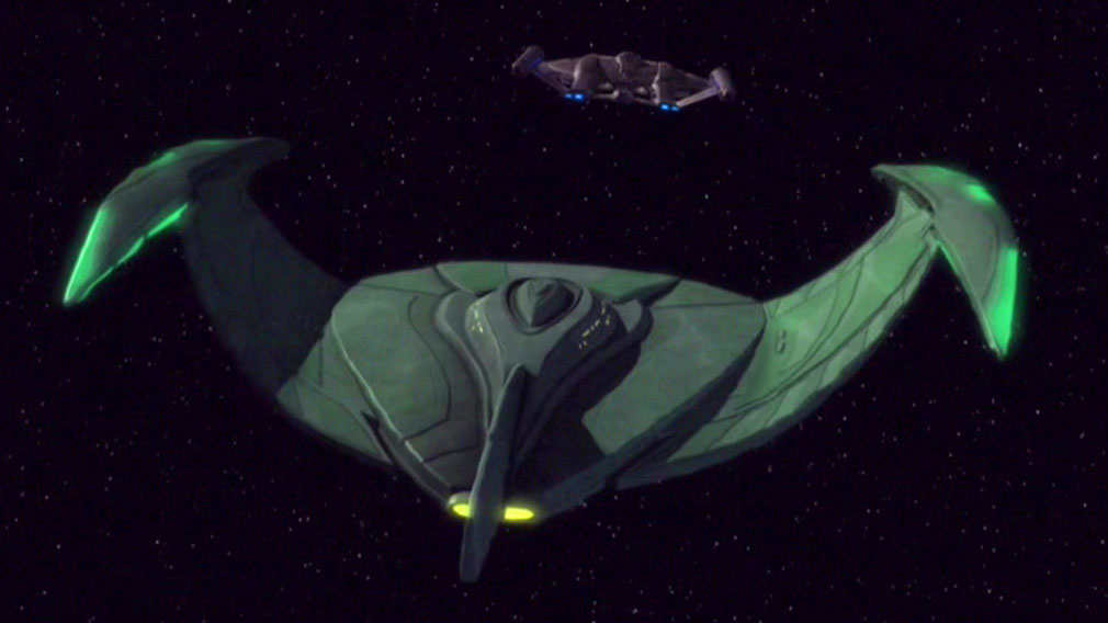 Romulanischer Bird-of-Prey verfolgt Enterprise.jpg