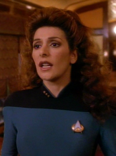 Deanna Troi 2370 (2).jpg