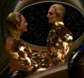Odo and female changeling.jpg