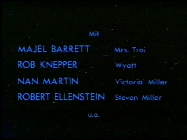 TNG 1x11 Abspann Cast.jpg