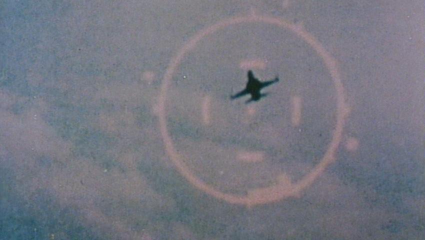 Flugzeug im Visier.jpg