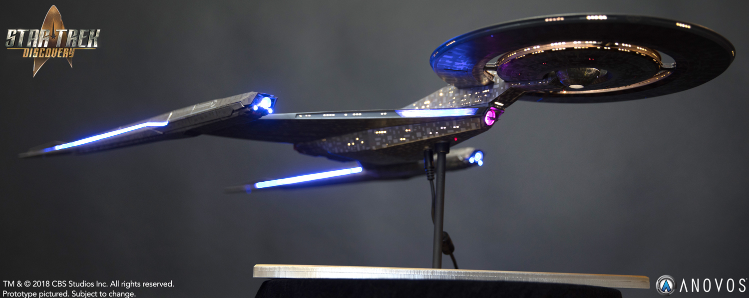 Anovos USS Discovery Studio-Scale Filming Miniature.jpg