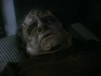 Tain on his deathbed in 2373