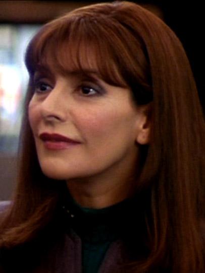 Deanna Troi 2379.jpg