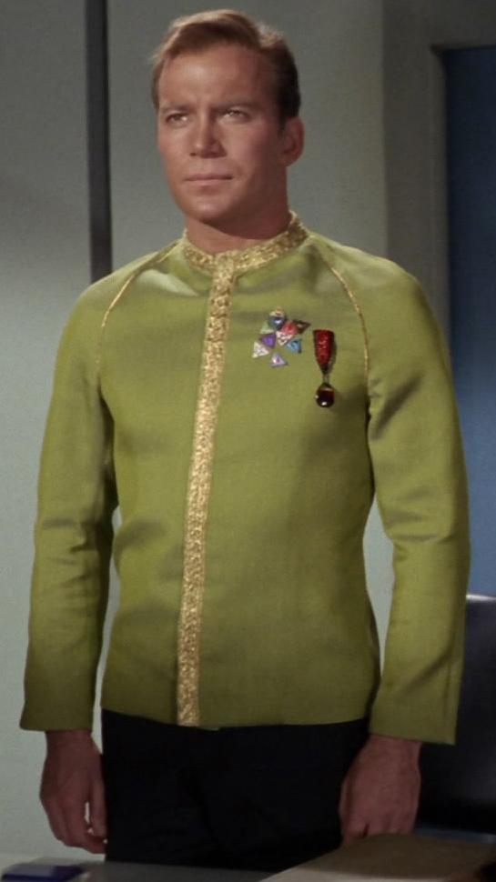 Kirk in Galauniform.jpg