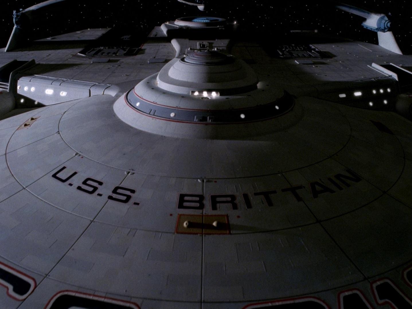 USS Brittain Brücke.jpg