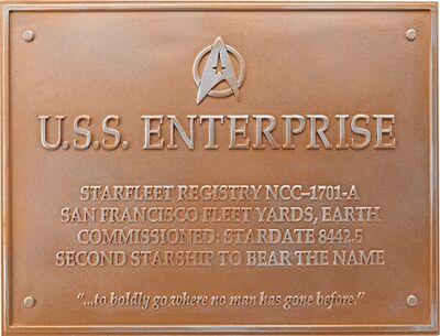 Raumschiffsammlung Widmungsplakette Enterprise (NCC-1701-A).jpg