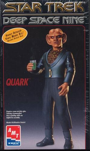 AMT Model kit 8719 Quark 1995.jpg