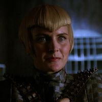 Sela, hybryda Romulan/Człowiek