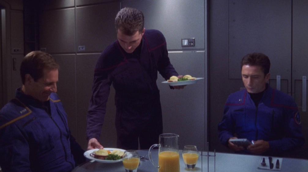 Archer und Reed beim Frühstück.jpg