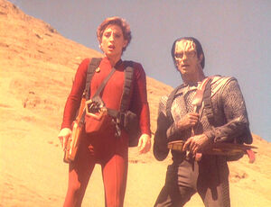 Kira and Dukat look for wreckage.jpg