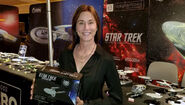 Jayne Brook at Eaglemoss booth STLV 2019