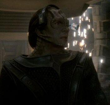 Seskal on the bridge of a Dominion ship