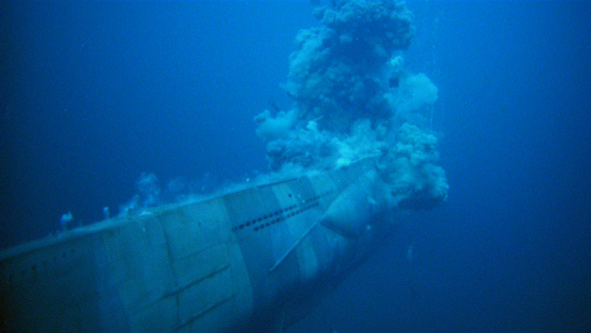 Unterseeboot explodiert.jpg