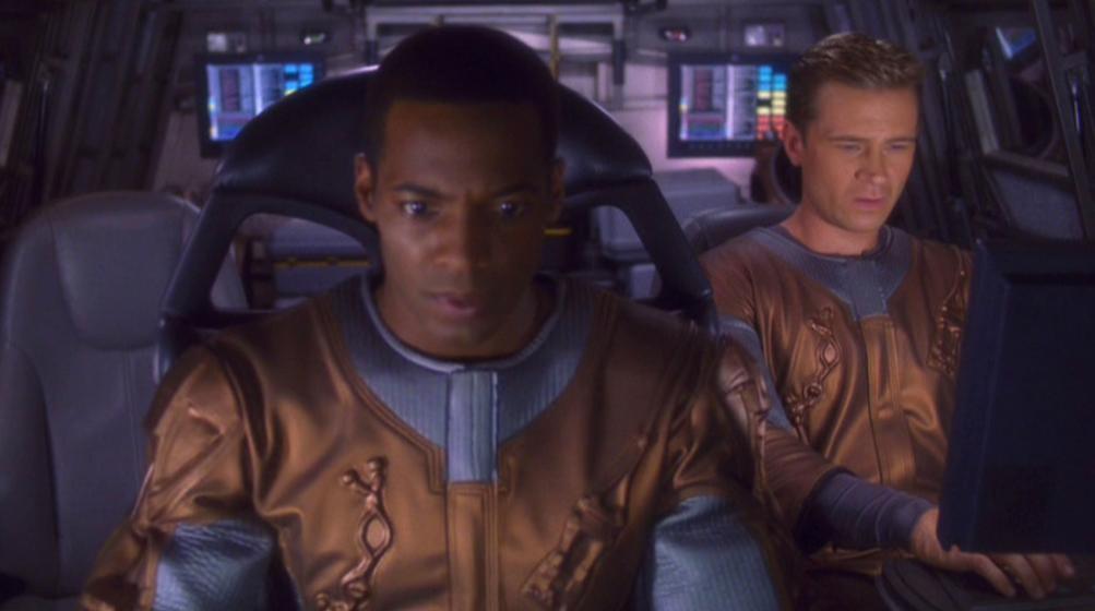 Mayweather und Tucker im Shuttle.jpg