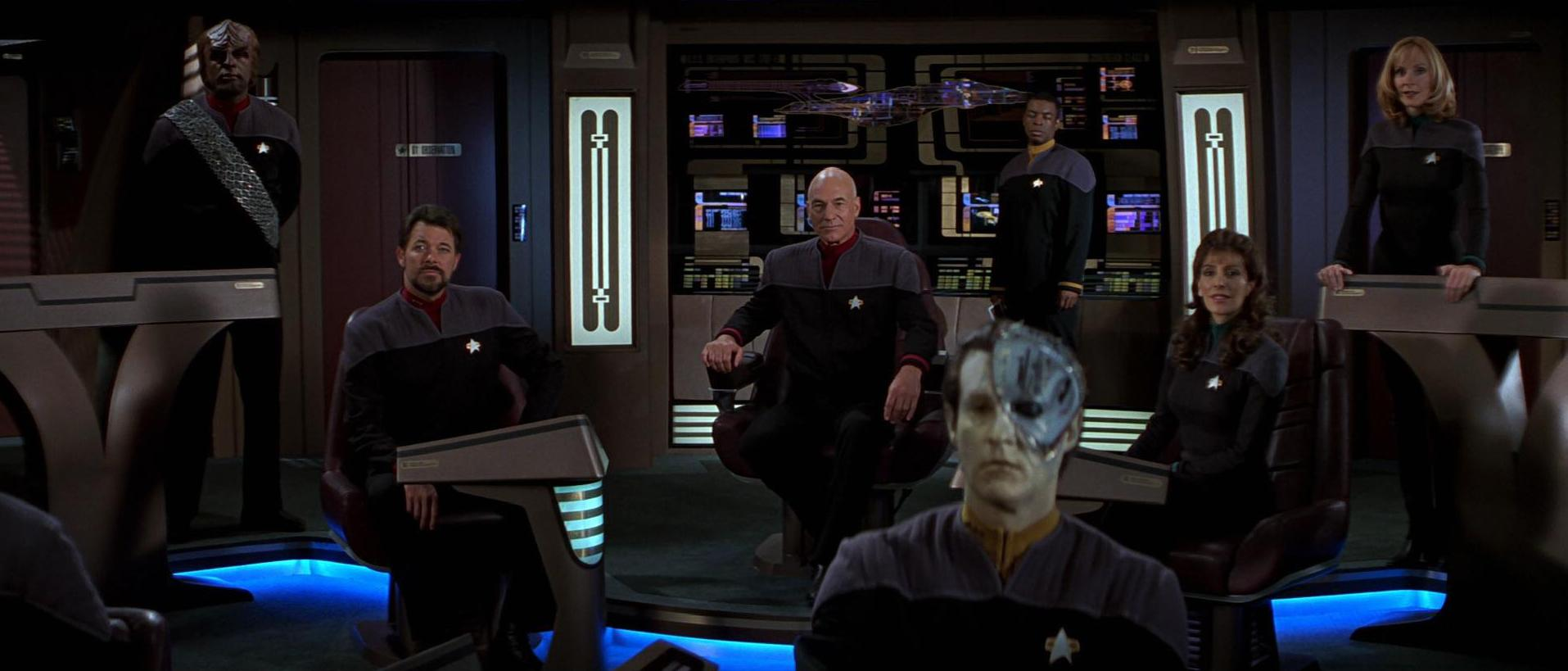 Besatzung Enterprise E.jpg
