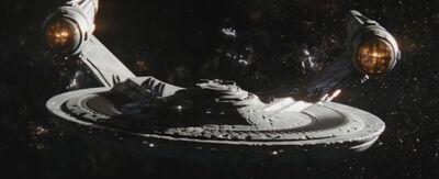 USS Franklin von vorne.jpg