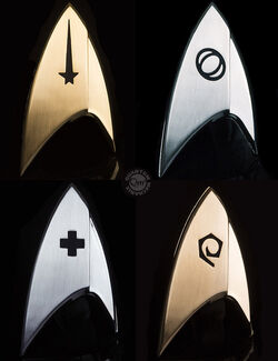 QMx Star Trek Discovery Magnetic Badges.jpg