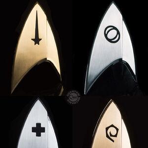 QMx Star Trek Discovery Magnetic Badges.jpg