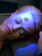 Seven of Nine Hologramm bei Simulation einer Operation 2377