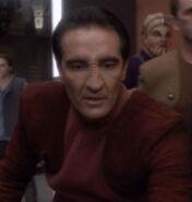 Bajoran officer hunting gunji jackdaws