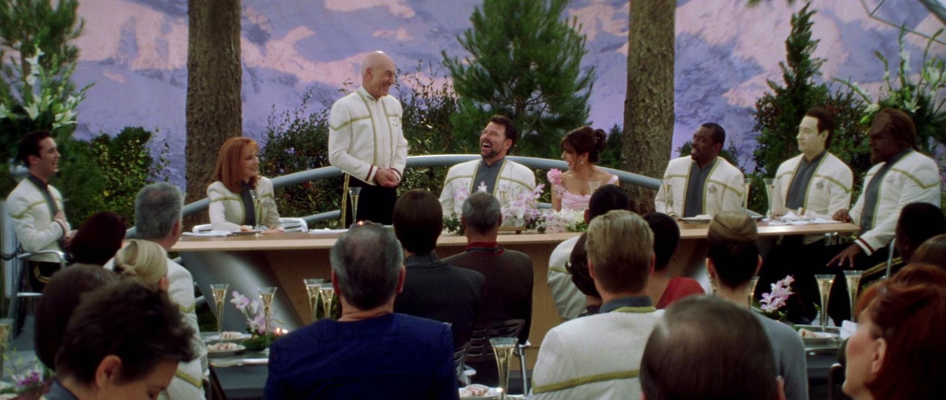 Riker und Troi Hochzeit.jpg