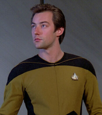 Lieutenant Darien Wallace in 2365