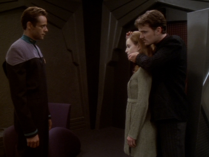 Jack droht Sarina zu töten.jpg