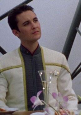 Младший лейтенант Уэсли Крашер (2379)