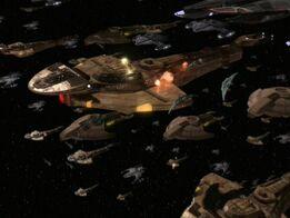 Cazas de Ataque de la Federación lanza su ataque sobre la Flota del Dominio.jpg