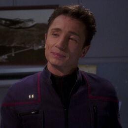 Лейтенант Малком Рид, 2151 год