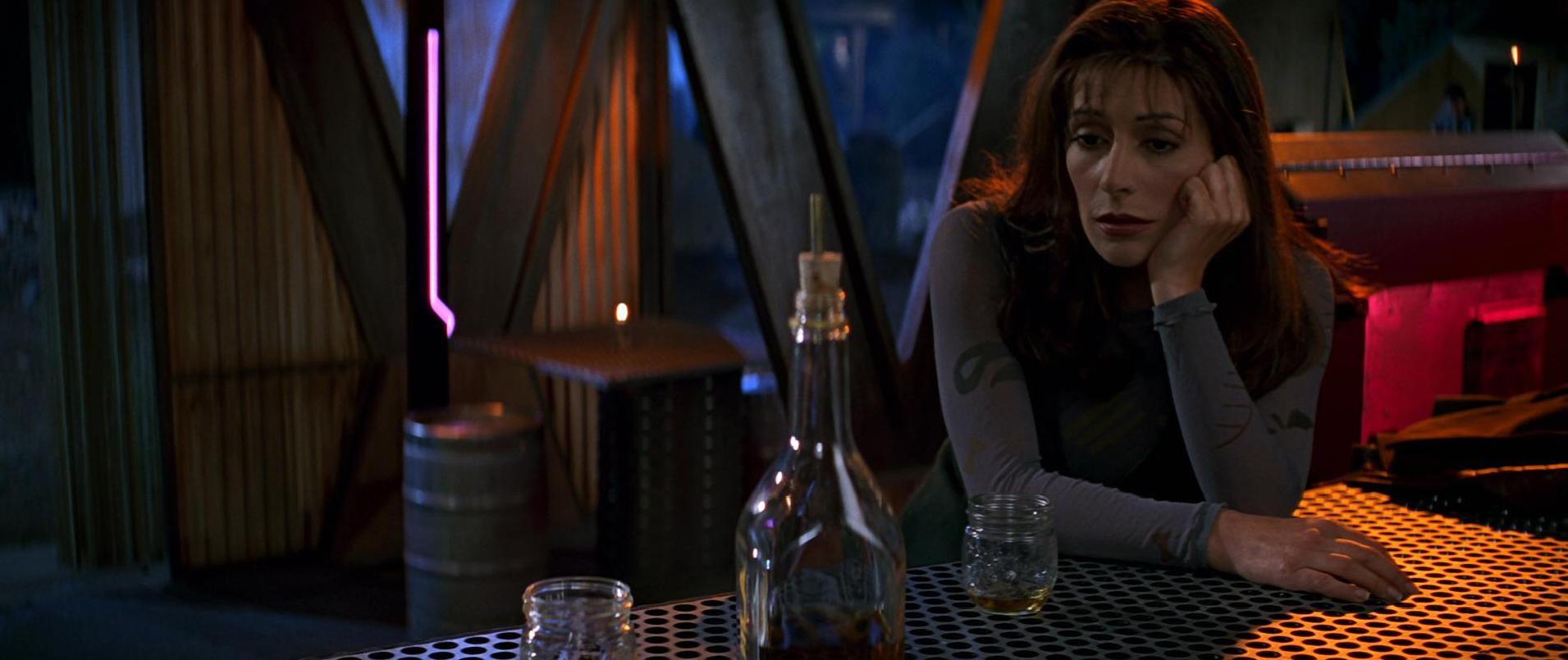 Deanna Troi betrunken vom Tequila.jpg