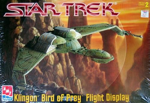 AMT Model kit 6339 Klingon Bird of Prey Flight Display 1997.jpg