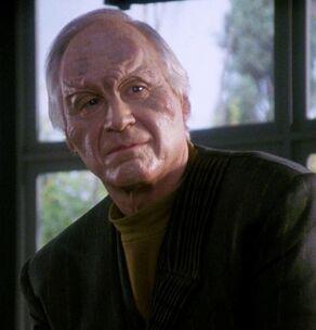 Chancellor Avel Durken, a male Malcorian
