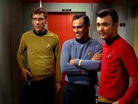 Green, Berkley et un autre membre d'équipage