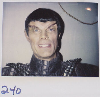 """Gary Hunter in TNG """"Face of the Enemy"""""""