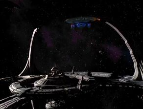USS Leeds at DS9.jpg