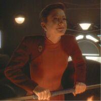 Kira Nerys incarnant Lela Dax durant le zhian'tara de Jadzia Dax