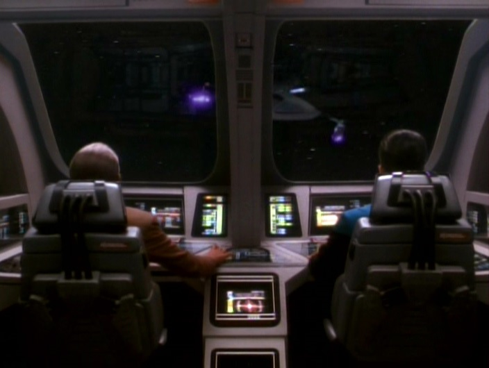 Odo und Dax greifen die Jem'Hadar an.jpg