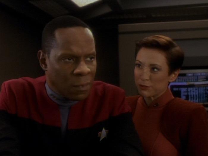 Sisko glaubt nicht der Abgesandte zu sein.jpg