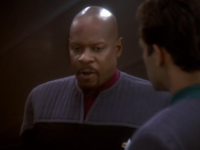 Sisko weigert sich Bashirs Vorschlag zu untersützen.jpg