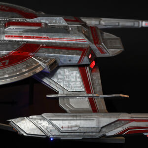 Anovos USS Shenzhou Studio-Scale Filming Miniature.jpg