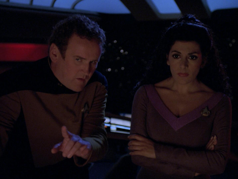 O'Brien unterstützt Troi.jpg