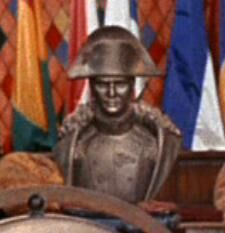 A bust of Napoléon Bonaparte.